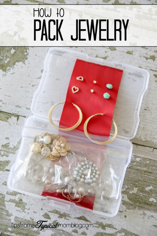 Ready for a trip and planning to take along your favorite bling? Here's a packing tip for how to pack jewelry so you don't end up with a tangled up ball of gold and silver!